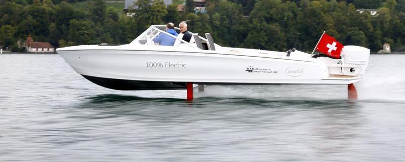 'Flying' electric speedboat debuts on Switzerland's lakes