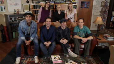 'The Big Bang Theory' cast in tears as they sit for final script read
