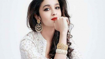 Alia Bhatt watched 'Zindagi Gulzar Hai', 'Umrao Jaan' to prepare for 'Kalank' role