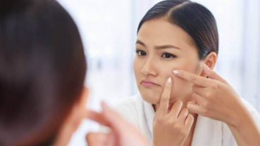 Home remedies to remove blemishes on your face