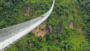 Badagaon-Kaiya Suspension bridge attracting domestic tourists
