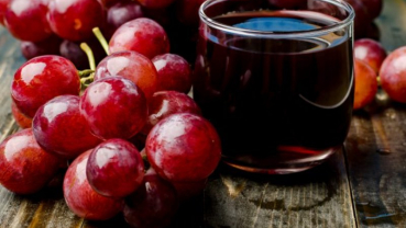 8 Benefits of drinking grape juice