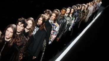 Dior pulls the stars in conveyor-belt menswear show in Paris