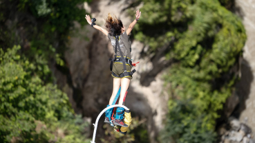 Bungee to train police force