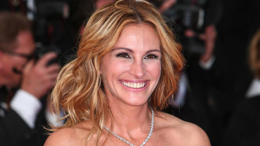 College admission scandal is 'sad', says Julia Roberts