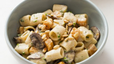 A pasta dish that brings out the earthy flavor of mushrooms