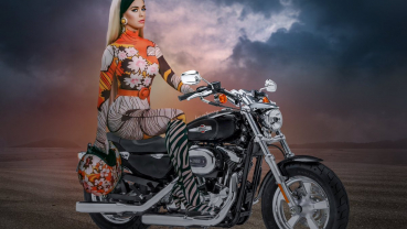 Katy Perry puts out for new single 'Harleys in Hawaii'