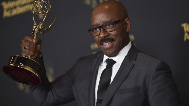 'SNL' hosts Rudolph, Chappelle win guest actor Emmy honors