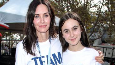 Courteney Cox brings back 'Friends' memories in TikTok dance video with daughter