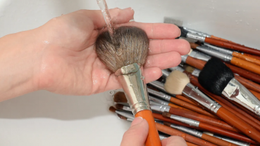 Here's how to really take care of your makeup brushes