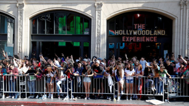 Marvel rallies superhero fans to assemble at movie theaters