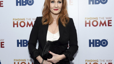 Author JK Rowling draws criticism for transgender comments