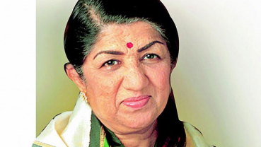 Lata Mangeshkar is 'stable', confirms family