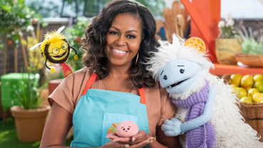 Michelle Obama aims to give a million meals in new campaign