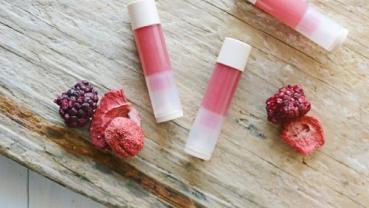 DIY Raspberry Lip Balm