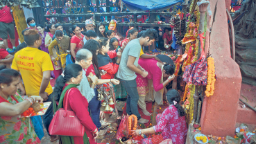 Devotees throng goddess shrines across the country