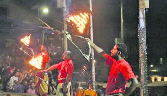 National anthem resonates at Pashupatinath aarati