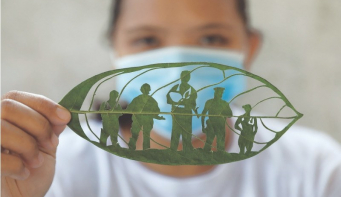 After factory layoff, Filipina cashes in on 'leaf art' venture
