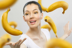 Beauty benefits of banana for hair and skincare