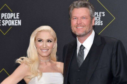 Gwen Stefani, Blake Shelton gushes over each other at CMA Awards