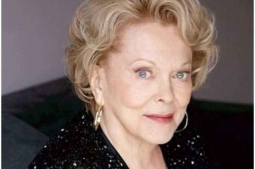 Veteran actor Shirley Douglas passes away at 86