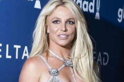 Britney Spears fears return of paparazzi after end of conservatorship
