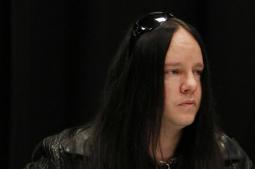 Slipknot founding drummer Joey Jordison dies at 46