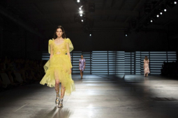 Dreamy, confident shows mark London Fashion Week