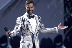 Ricky Martin makes 'Pausa' to channel newly found anxiety