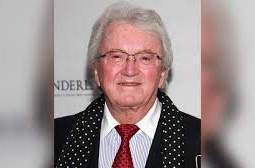 Bond and 'Willy Wonka' songwriter Leslie Bricusse dies at 90
