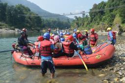 Rafting craze in Seti River
