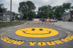 Lincoln neighborhood creates street mural to slow drivers