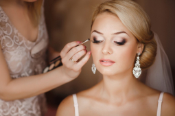 BRIDAL HAIR &MAKEUP TIPS