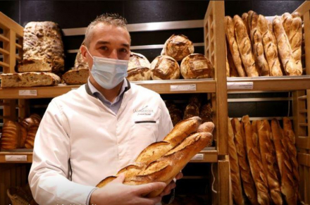 France's bakers seek UNESCO recognition for the humble baguette