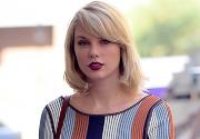 Taylor wins groping trial against DJ