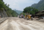 Vehicular movement resumes along Narayangadh-Muglin road