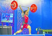Weightlifters Kamala, Sanju set national records
