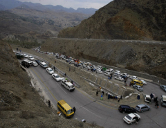 Pakistani PM orders the reopening of border with Afghanistan