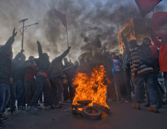 Student, youth wings of opposition parties decide to intensify protest