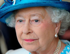 Buckingham Palace offers £30,000-a-year to run Queen Elizabeth's Twitter