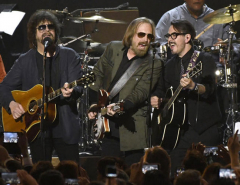 Tom Petty & the Heartbreakers reunite for Grammy honor