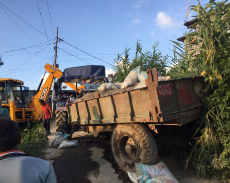 Driver killed in tractor accident