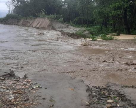 Karnali River enters village creating chaos