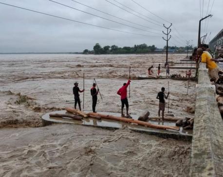 Red light turned on as water level in Koshi crosses danger level