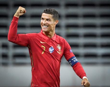 Ronaldo nets 100th international goal as Portugal down Sweden