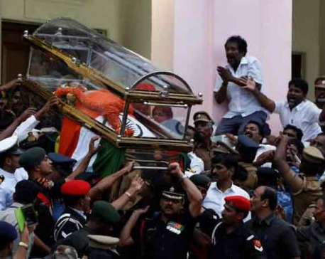 Jayalalithaa buried, Panneerselvam named successor to unite AIADMK