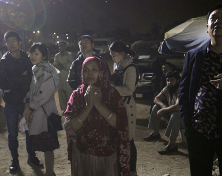Pakistani police say hotel fire kills 11 in Karachi