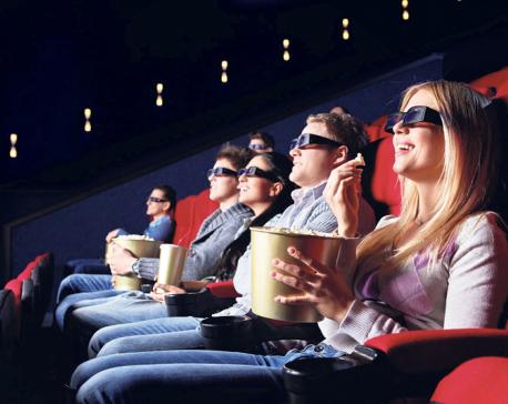 Six annoying scenes inside movie hall