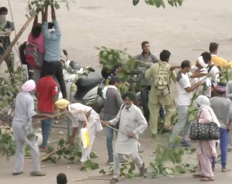 12 dead after Indian guru's rape conviction triggers riots