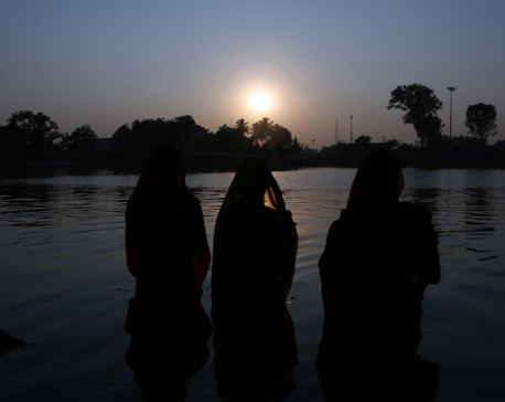 Chhath concludes with ritualistic offerings to Sun God